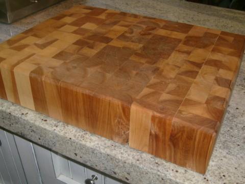 Planche d couper meubles sur mesure for Planche laquee blanc sur mesure